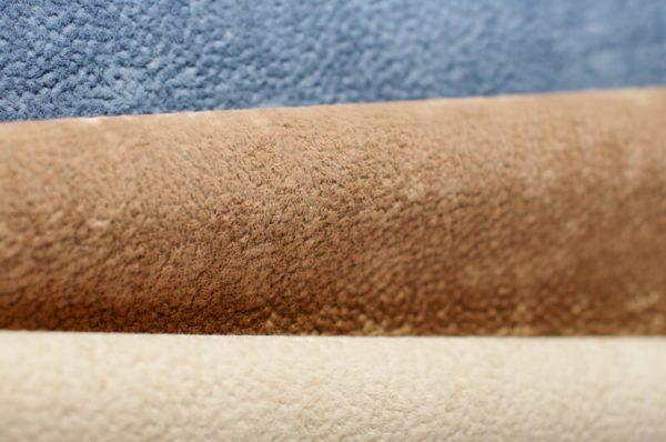 Как почистить тканевую обивку дивана от пыли и пятен в фото