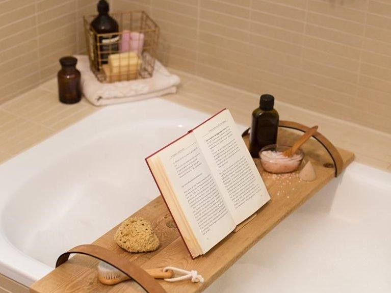 Полка-поднос для ванны своими руками в фото