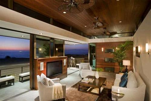 Телевизор в гостиной в фото