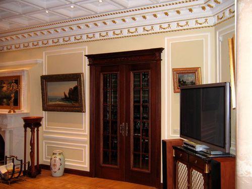 Выбираем какие двери поставить в гостиную в фото