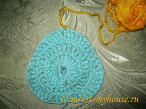 Вязание пледа крючком. Схема с сердечками в фото