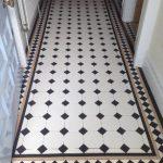 03 Gallery floor tiles image 0