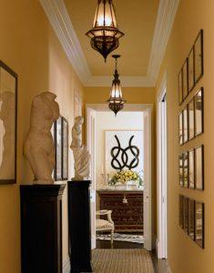 Decorating-ideas-for-narrow-hallway3