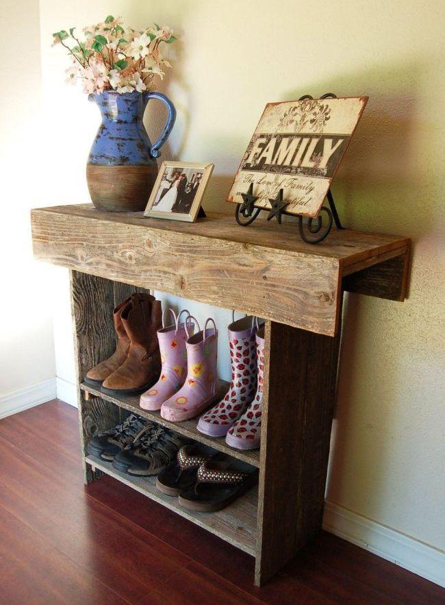 Простой узкий  шкаф-галошница для обуви в прихожей