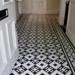 Patterned-floor-tiles-for-hallway-or-entryway