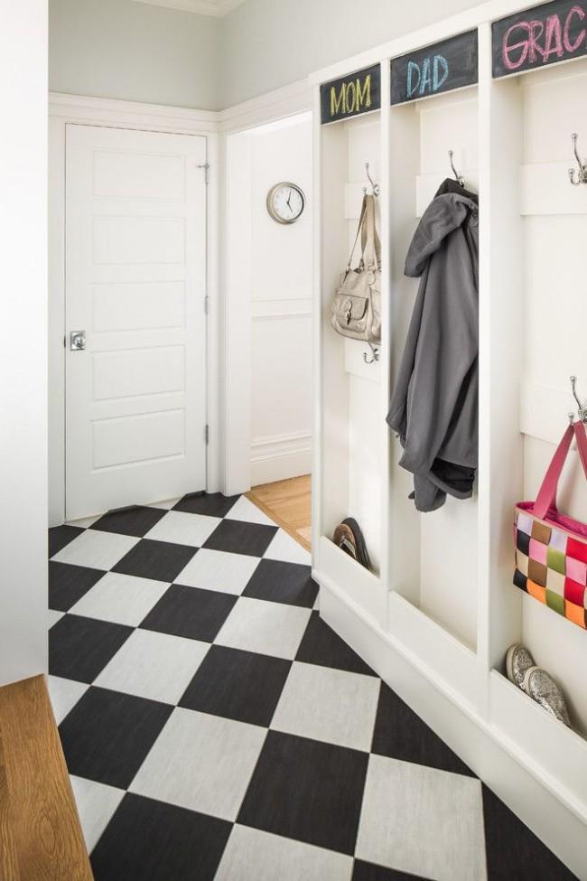 Диагональное расположение плитки в узком коридоре