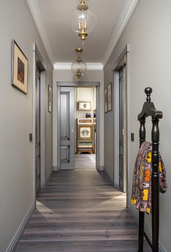 Двери в дизайне узкого коридора