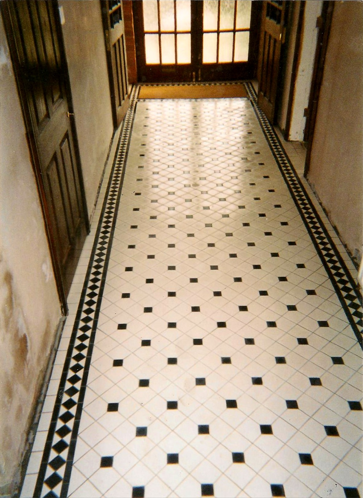 Floor tiles for hallway