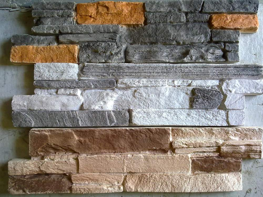 Гипсовые панели под камень для отделки прихожей