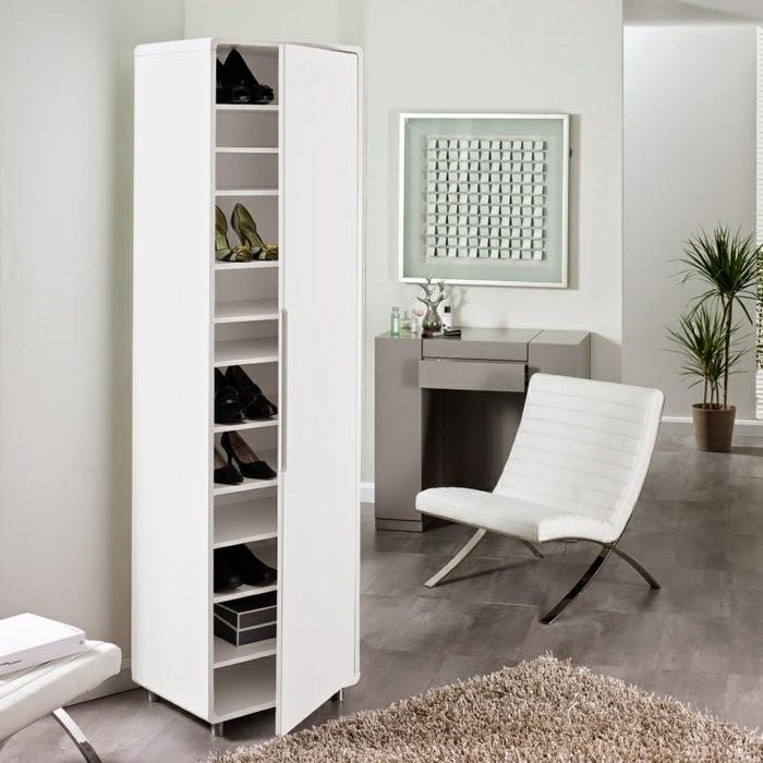Высокий и узкий обувной шкаф для прихожей