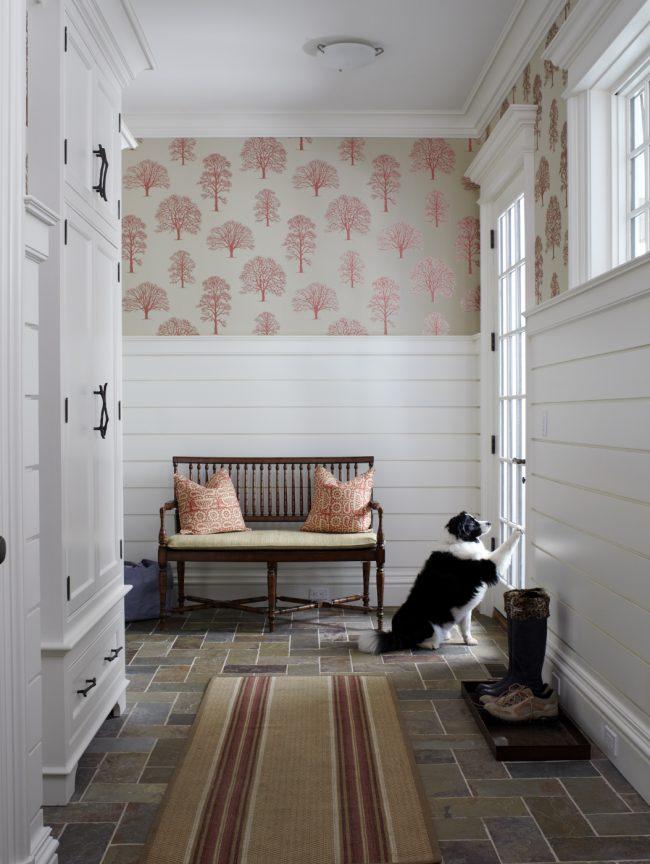 Классическая мебель для маленькой прихожей в классическом стиле