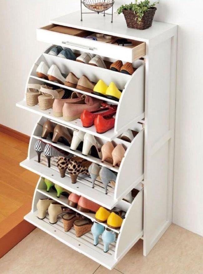 Компактная обувница для маленькой прихожей