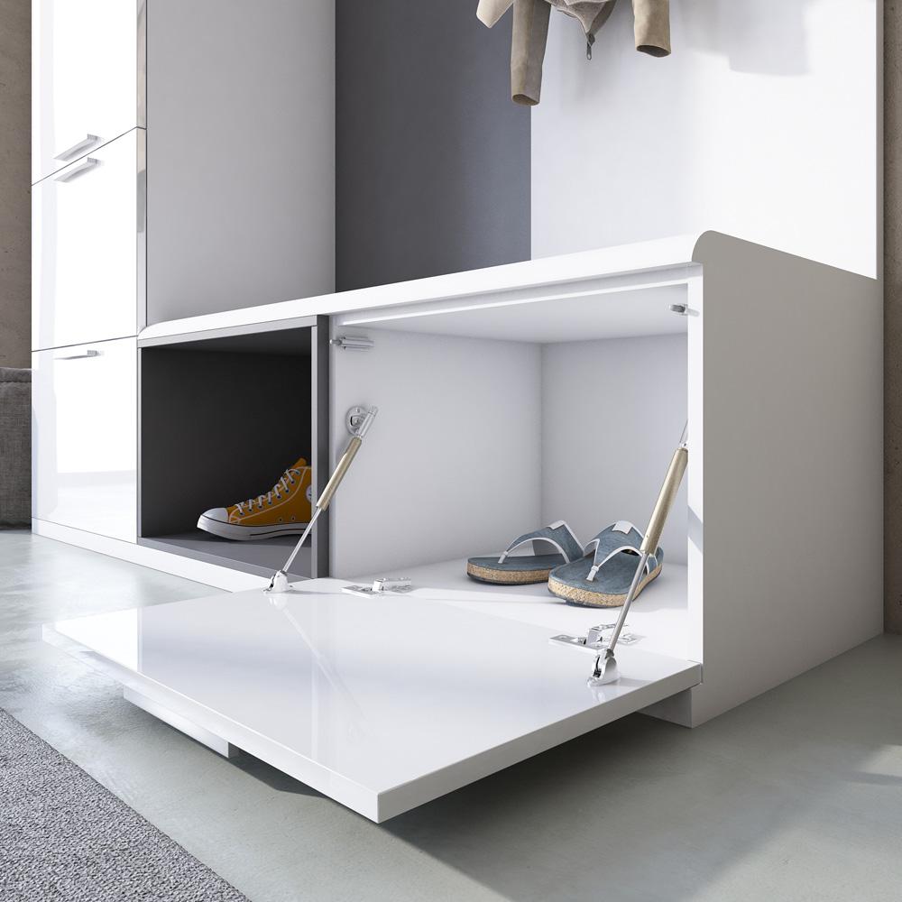 Обувной модуль в стиле модерн с сидением