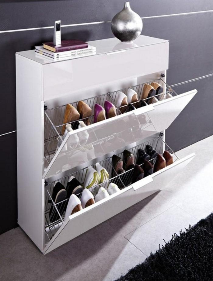 Слим-шкаф для обуви в прихожей