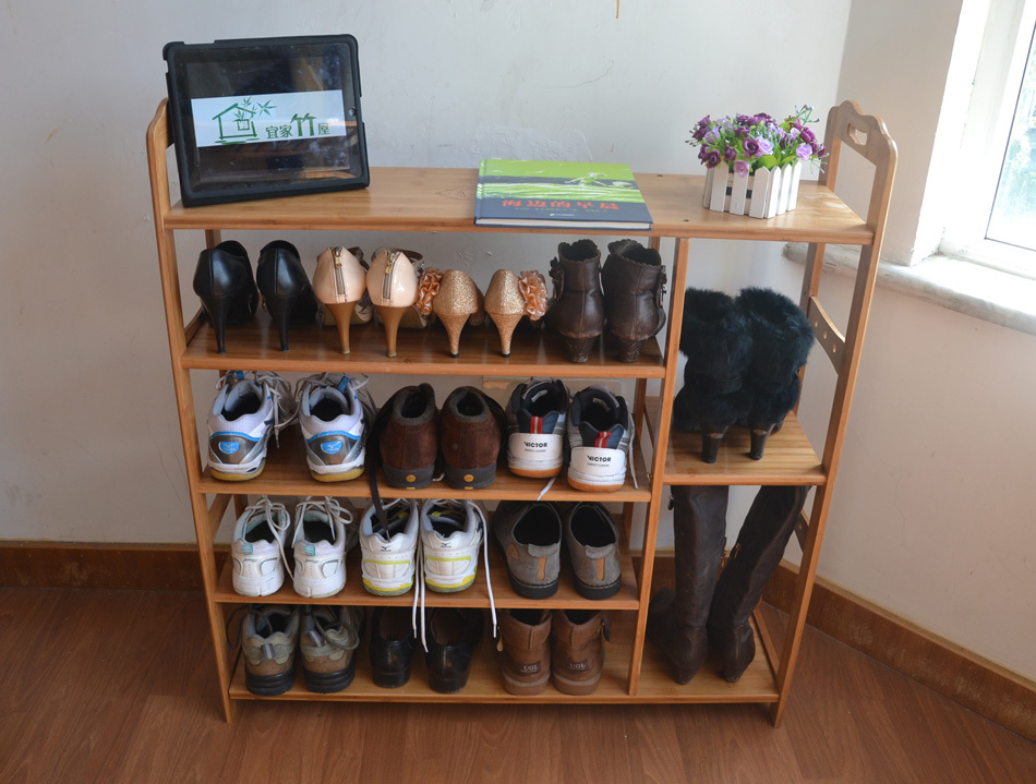 Узкая тумба для обуви с разными полками