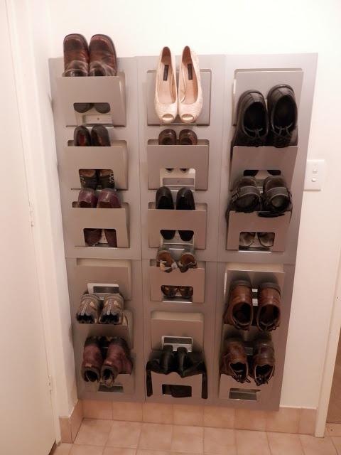 Настенная полка для хранения обуви от ИКЕА