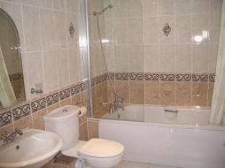 remont vannoj komnaty i tualeta svoimi rukami