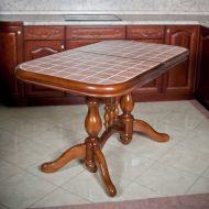 stoly s keramicheskoj plitkoj preimushhestva ispolzovaniya 1