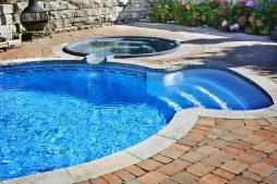 Сравнение композитных и бетонных бассейнов