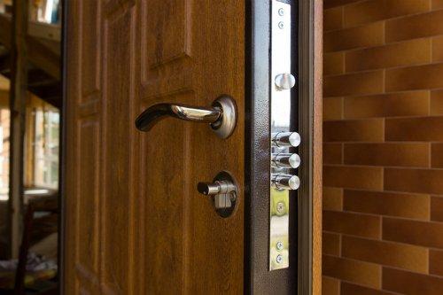 zamok-vhod-dver